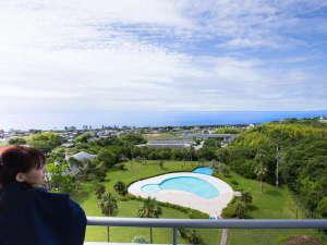 【景観イメージ】海側のお部屋からは、のどかな土佐の風景と広大な水平線と大空をご覧頂けます。