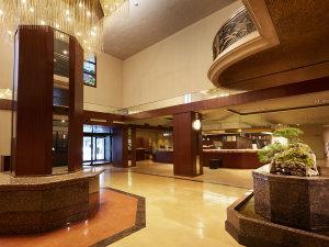 ・ロビー:福岡の応接間と呼ばれるにふさわしい伝統と格式を大切におもてなしいたします。