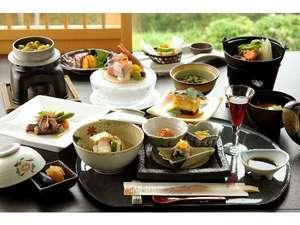 お客様から好評いただいている「松コース」のお料理例