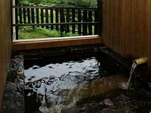 客室半露天風呂の一例
