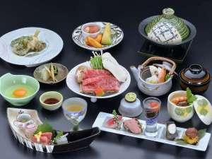 《松茸の土瓶蒸し》&《松茸入り信州牛のスキヤキ》付き会席料理・イメージ