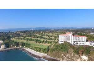 太平洋から見たホテル外観