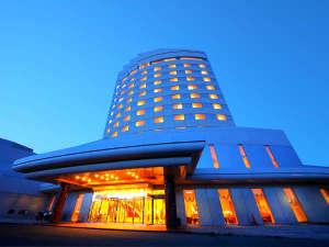 """日本『最北端』のシティホテル。遠くに遥かロシアの島影を望む""""稚内ならでは""""の一日をお過ごしください"""