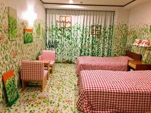 ホテルプロジェクト 大宮エリー×道後プリンスホテル 『楽園』