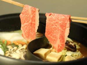 *米沢牛を「すき焼き」「しゃぶしゃぶ」の両方で味わえるかぶき鍋♪