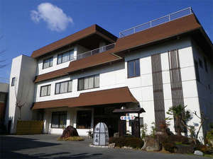 三河湾が眼下に広がる御津山の頂にある料理旅館です。