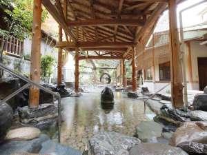 ◆逢水の湯◆ 庭園の眺めを楽しむ開放感あふれる露天風呂