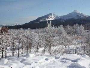 パノラマのダイニングから、磐梯山を眺められます。