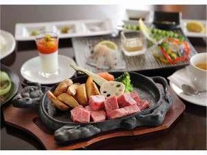 【祝☆3周年記念プラン】夕食はびらとり和牛希少部位のカットステーキ♪