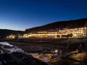 当館は『健康温泉間クアリゾート湯舟沢』と隣接しております。