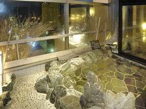 ◆【大浴場】『男性露天風呂』※内湯、露天ともに15時から翌朝10時まで夜通しご利用頂けます。