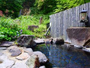 *【滝見の湯】竜神の滝を眺めながら一息♪