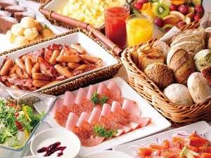 朝食は【和洋ブッフェ】好きなものを好きなだけお召し上がりいただけます