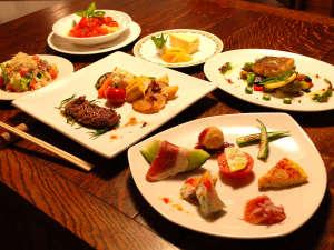(夕食)オードブル・パスタ・魚料理・肉料理・サラダ・ライスorパン・デザート お箸でも召し上がれます