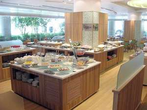 1階バイキングレストラン(料理例)