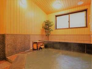 貸切風呂【わたの湯】脱衣室は床暖房です