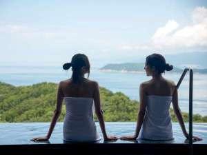 露天風呂からは友ヶ島や淡路島がご覧いただけます。