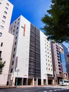 -博多駅筑紫口より徒歩1分、アクセスが便利です♪全館禁煙。