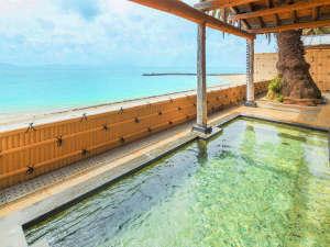 海水浴の後で入る温泉は格別。遊び疲れた身体を芯から温める【大浴場】