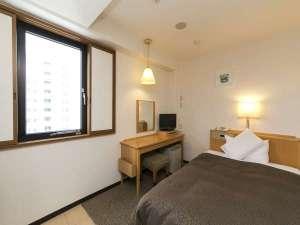 【シングル】西側の客室からは静岡市中心部方面がご覧いただけます。