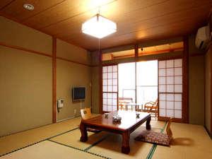 純和風の落ち着きのあるお部屋です。