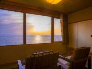 【最上階客室「天海」】おふたりの大切なお時間をゆっくりとお過ごしください。