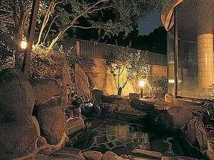 【大浴場】夜の露天風呂(女子浴場)