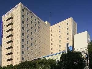 ダイワロイネットホテル川崎はベージュの概観でございます♪