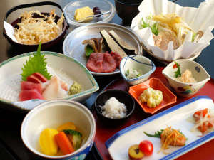 ◆季節の北海道膳~旬の食材を使用した定番会席。
