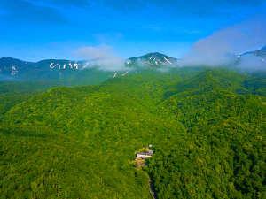 日本で唯一の泊まれる世界自然遺産 秘境知床の温泉宿 地の涯 [ 斜里郡 斜里町 ]  岩尾別温泉