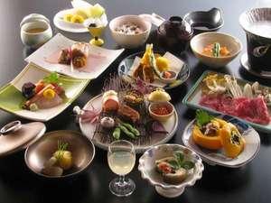 【懐石料理一例】見た目、味覚すべてを楽しんでもらえるよう工夫しています。