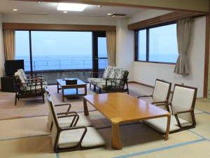 太平洋一望の特別室です。和室、洋間の他に完全に仕切られたベッドルームがあります
