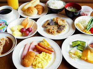 【朝食】和食・洋食30種類以上の豊富なバイキングをご用意しております