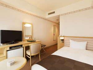 【客室】スタンダードシングルルーム[広さ16平米・ベッド110×195cm]