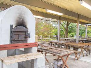 本格的なピザを焼ける石窯もあります!