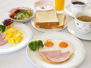 一日の始まりは朝食からスタート!(洋食・例)