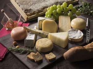 冬ブッフェ/蜂蜜で食べるチーズ