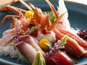 旬の鮮魚をふんだんに使用したお造り/例