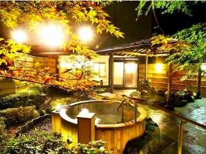 大浴場 庭園露天風呂の夜景で心癒されて