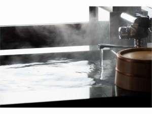 客室露天風呂で非日常体験をお楽しみください。