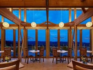 シャリオテラス(レストラン棟)お食事を召し上がって頂く棟でございます。