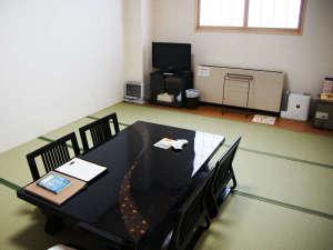 客室10畳和室