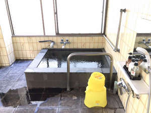 館内温泉:源泉かけ流しの貸し切り湯