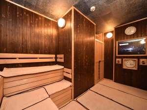 【女性大浴場 高温サウナ】サウナ内にはテレビも完備しております。