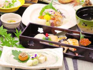 *【Sプラン】春~夏:陶板焼き、秋~冬:小鍋がついたお料理。Aプランより質・量ともにグレードアップ
