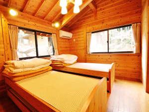 *【ウッドハウス洋室】ベッドでお休みになりたい方にも対応しています