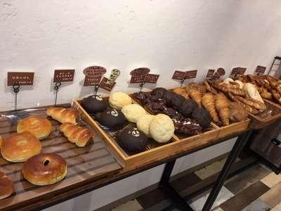 の さん 近く パン 屋
