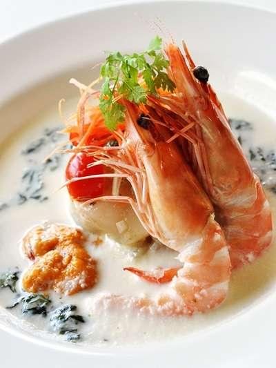 おすすめランチ『魚介のタルタル 冷製スープ仕立て』/ご当地グルメ(夏)特集