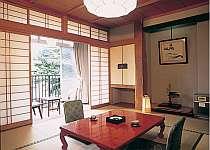 落ち着いた和室(客室の一例)