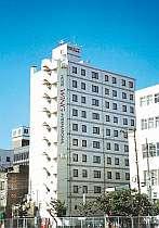 JR下関駅西口から見たホテル。